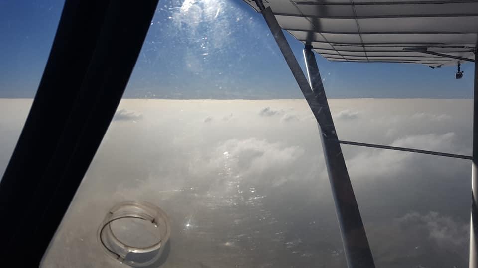 A hazy flying day